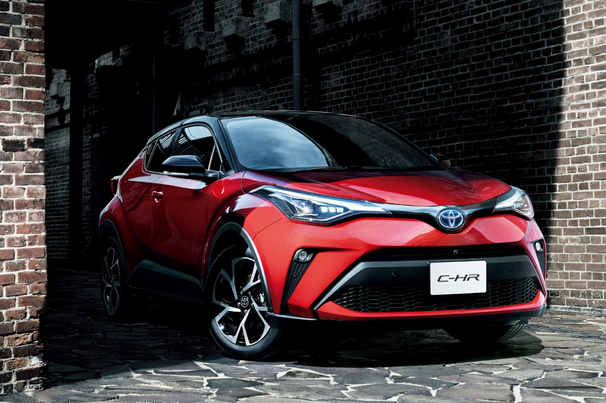 c-hr_top_img02